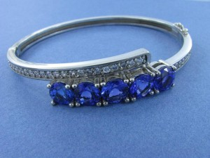Tanzanite and Diamond White God Bangle